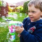 Verrücktes Seifenblasenspielzeug