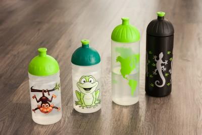Vier Waden, vier Trinkflaschen :)