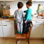 Die Jungs kochen Mittag