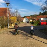 Fahrrad und Laufradrunde mit den Jungs. Liam will es partout nicht mit dem Fahrrad versuchen.
